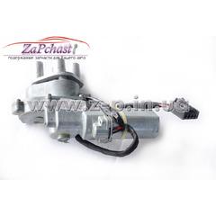 Привод с электромотором в сборе доводчика сдвижной двери Volkswagen T5 2003-2010 годов выпуска.
