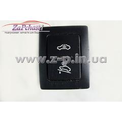 Кнопка для выключения противоугонной системы и устройства несанкционированной буксировки (штатная) Volkswagen T5 Transporter, Multivan, Caravelle 2003-2009годов выпуска